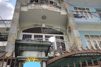 Cần tiền bán gấp nhà ở Nguyễn Du, P.7, Gò Vấp, sổ hồng riêng. LH:0903696429