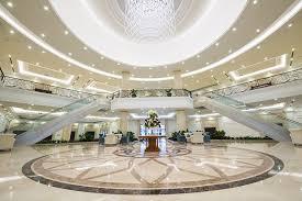 Cho thuê tòa nhà Phan Bội Châu, DT: 380m2 x 8 tầng + 3 tầng hầm.; MT: 15m; 2tỷ; LH: 0981769555