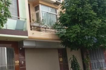Nhà phân lô ngõ 31 phố Doãn Kế Thiện, Dt 52m2 x 5 tầng, ngõ ô tô tránh nhau, nhà mới