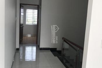 Bán nhà KDC Mỹ Hạnh Hoàng Gia gần trường học, công viên, 4 phòng ngủ, giá rẻ