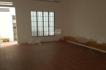 Cho thuê nhà nguyên căn 4x20m, 3 tấm, đường Hoàng Văn Thụ, Tân Bình. LH: 0919.83.62.67