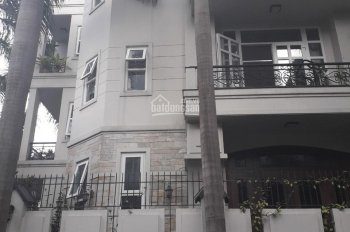 Cho thuê biệt thự 15x20m, có hầm hẻm xe hơi đường Phổ Quang. BĐS Điền Kim: 0919.83.62.67