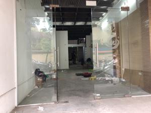 Cho thuê nhà mặt phố Nguyễn Chí Thanh, DT: 33m2 x 4 tầng, MT: 5,5m, giá: 40 tr/tháng
