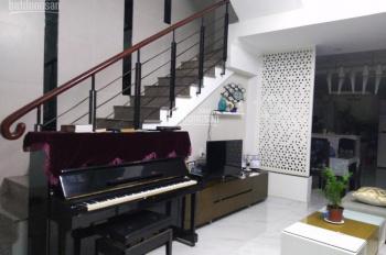 Biệt thự mới xây, 4,5m x 16 cao 3 tầng, Bành Văn Trân, P7, Tân Bình