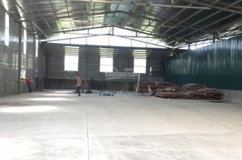 Cho thuê 1000m2 kho cạnh sân bóng PVF, huyện Văn Giang. LH 0985 92 92 08