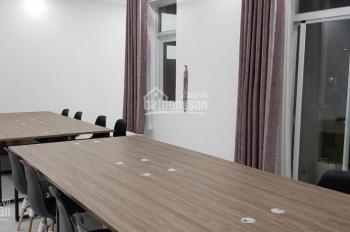 Văn phòng Quận 7 chuyên nghiệp đầy đủ nội thất văn phòng đẳng cấp. 100 m2 giá 10 triệu/tháng