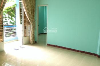 Cho thuê nhà hẻm cụt đường nhựa đường Đồng Xoài gần ETown Tân Bình