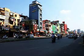 Cần bán gấp nhà mặt phố Trường Chinh, DT: 110m2, MT: 7m, LH: 0916044788