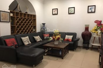 Xuất cảnh bán gấp villa P. Tân Định, Q1, 10x19m, thiết kế 2 lầu kiểu Pháp, nhà ở ngay chỉ 39 tỷ