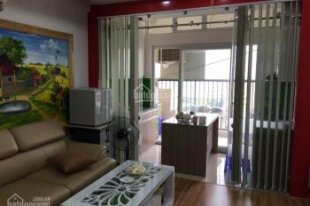 Bán căn hộ chung cư 89 Phùng Hưng, tầng 6, hiện đang làm văn phòng công ty, gần ngã 4 Cầu Đen