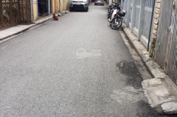 Bán 45m2 đất ngõ 200 Nguyễn Sơn, MT 4,2m đường trải nhựa 4m, giá 3,8 tỷ (có thể bán cả mảnh 90,3m2)