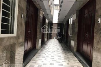 Chính chủ bán nhà tại phố Chùa Hà - Cầu Giấy. Căn 50m2 giá 5.1 tỷ, 32m2 giá 3.2 tỷ, 43m2 giá 4,7 tỷ