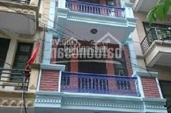 Cho thuê nhà ngõ 1 phố Nghĩa Tân, DT 50m2 x 4 tầng, ngõ rộng 6m, gần đường Hoàng Quốc Việt, Tô Hiệu