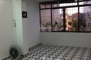 Bán căn hộ 503 tập thể số 435, đường Giải Phóng. DT: 85m2, 895tr, SĐCC