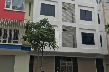 Cho thuê nhà liền kề đã hoàn thiện ô số 33, TT30, khu đô thị Văn Phú, Hà Đông. LH: 0913092720