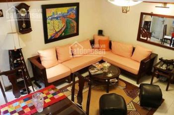 Căn nhà 3 tầng nhỏ xinh nằm tại trung tâm quận Hoàn Kiếm, phố Trần Hưng Đạo. Hương 0914958040