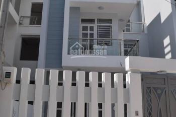 Cần bán căn biệt thự đẹp mới xây thuộc trục đường Hà Huy Giáp, Quận 12. LH: 0906614116