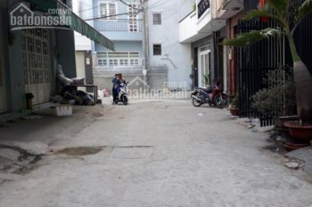 Nhà hẻm 8.2m Lý Chiêu Hoàng, 4.6x26.14m (108m2), cấp 4, P10. Q6, giá 5tỷ4 TL