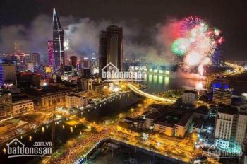 Chính chủ cần bán gấp căn hộ Sài Gòn Royal Bến Vân Đồn, Quận 4, 3PN, 104m2, view Bitexco Q1