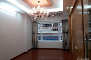 Nhà tập thể tầng 2, ngõ 14 Nguyễn Khuyến 65m2, đẹp, thoáng, cầu thang rộng, dân trí cao, 2.45 tỷ