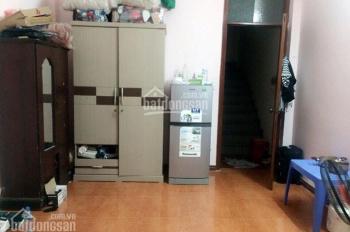 Chính chủ cho thuê gấp nhà 4 tầng phố Tạ Quang Bửu, giá 10 triệu/tháng, đủ đồ, ô tô đỗ cửa