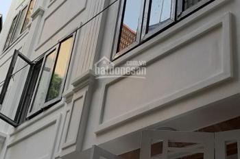 Bán nhà  35m2 * 5T xây mới phố Vĩnh Hưng, ngõ to 3m, cách mặt phố 10m, giá 2,35 tỷ, LH: 0973883322