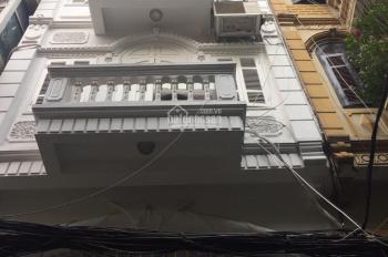 Cho thuê nhà ngõ Trần Duy Hưng, Trung Hòa, Cầu Giấy, HN. DT 70m2, 5 tầng, thang máy, giá 22tr/th