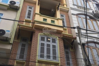 Cho thuê nhà ngõ 91 Trần Duy Hưng, Cầu Giấy 65m2 * 4 tầng, giá 23tr/th. LH 0984 859 518