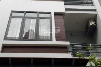 Bán nhà 5 tầng ngõ 191 Phạm Văn Đồng, MT 3.5m, DT 40m2, giá 4.5 tỷ. LH 0972264985