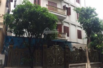 Cho thuê biệt thự mặt phố Đỗ Quang 260m2 x 5T. Mặt tiền 12m, có gara ô tô, nhà mới đẹp, 100tr/th