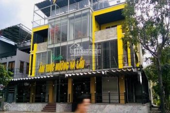 Cho thuê nhà MT 37 Song Hành, P. An Phú, Q2, diện tích 17x20m, hầm, trệt, 2 lầu