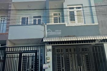 Nhà đẹp 1 trệt 3 lầu đường Bưng Ông Thoàn, Phú Hữu, Q9 72m2 - sổ hồng riêng