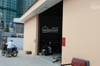 Cho thuê kho xưởng Quận 7 DT 330m2 đường Nguyễn Hữu Thọ gần Lotte, kho đẹp tường xây kiên cố LH Ms