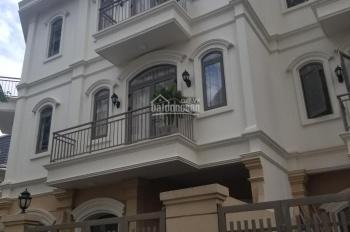 Cho thuê biệt thự khu biệt thự Novaland đường Phổ Quang. DT: 5.6x16.5m, 3 lầu trống suốt
