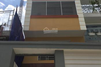 MT nội bộ B8 Phan Đình Phùng ngay chợ Phú Nhuận 4.2x19m, 3 lầu, ST 6PN 5WC