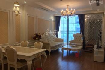 Cho thuê chung cư Vinhomes Nguyễn Chí Thanh, 2 phòng ngủ đủ đồ phong cách hoàng gia (Ảnh thật)