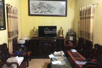 Chính chủ bán nhà Nguyễn Trường Tộ (30m2, 4T) nhà đẹp giá 2.2 tỷ. LH 0336947702