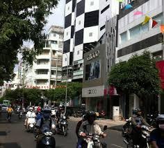 Bán nhà mặt tiền đường Trần Quang Diệu, P. 13, Quận 3 DT: 10.5m x 32m 1 hầm + 6 tầng. Giá: 129 tỷ