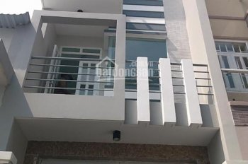 Cần bán nhà Nguyễn Trãi, Quận 1, DT: 5,8x21,6m, 4 lầu, giá 26 tỷ