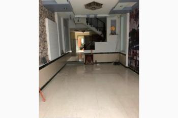 Cho thuê căn nhà khang trang DTSD 436m2, gần Phạm Văn Chiêu nhà rất rộng làm VP hay ở đều ưng ý