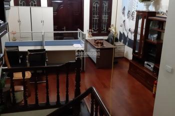 CC cần cho hộ gia đình trẻ thuê nhà 4 tầng, ngõ 36 phố Lương Khánh Thiện, Hoàng Mai, 6,5 tr/th