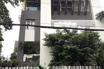 Cho thuê biệt thự sân vườn 600m2, ngang 10m hẻm xe hơi Phổ Quang. LH: 0919.83.62.67