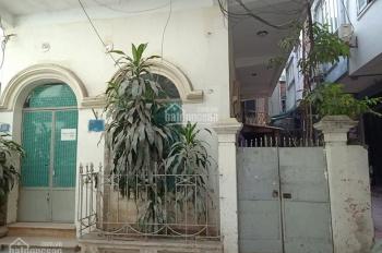 Cần bán gấp nhà 2 tầng cũ phố Bế Văn Đàn, ngõ ô tô, Hà Đông. DT: 98m2, MT 10m, giá: 4 tỷ