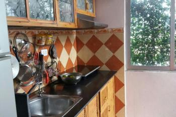 Chính chủ bán căn hộ E1 Bách Khoa. Nhà đẹp, ngay trung tâm, 1.35tỷ có TL. Liên hệ 0929800314 C. Thu