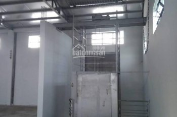 Kho cho thuê mặt tiền Trần Văn Giàu, Bình Chánh. Tổng DTSD 1.800m2 thích hợp làm xưởng may, in