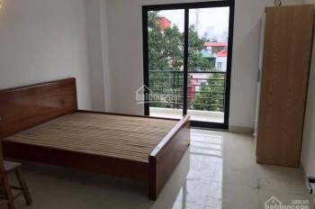 Chính chủ cho thuê chung cư đầy đủ điều hòa giường tủ DT 35m2 ngõ 165 phố chợ Khâm Thiên, La Thành