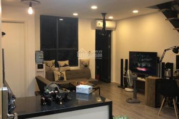Cần bán căn hộ rộng 68m2 ở tầng 5, ban công hướng đông, giá bán 2.2 tỷ. LH: 0773901588