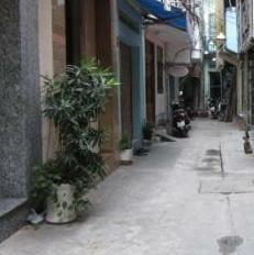 Sư Vạn Hạnh, Quận 5, 2 lầu + ST, nhà đẹp, cách mặt tiền 50m, hẻm 3.5m, giá 4.5 tỷ