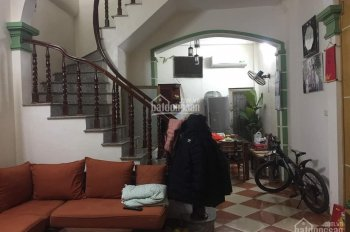 Bán nhà phố Bùi Ngọc Dương 45m2, 2 thoáng chỉ 2.9 tỷ. LH Ms Trà thổ cư 0964119825