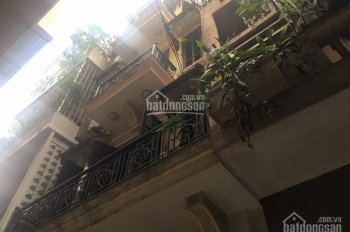Cho thuê nhà riêng phố Tạ Quang Bửu. DT 40m2, 5 tầng